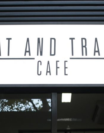 Eat and Train Cafe